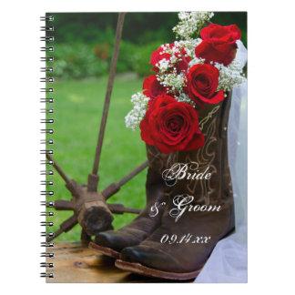 Rosas rústicos e casamento do país das botas de caderno espiral