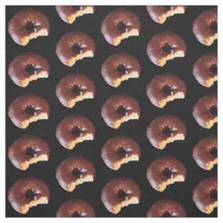 Rosquinhas do bolo amarelo do fosco do chocolate tecido