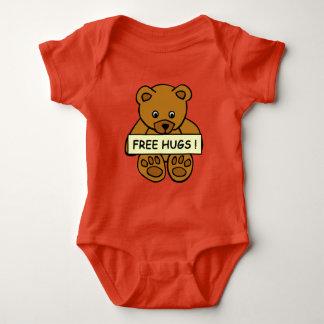 Roupa livre dos abraços camisetas
