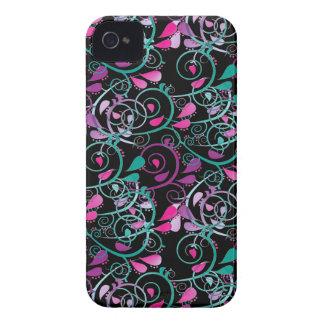 Roxo cor-de-rosa da cerceta dos redemoinhos florai capas iPhone 4 Case-Mate