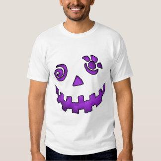 Roxo louco da cara da abóbora da lanterna de Jack T-shirts