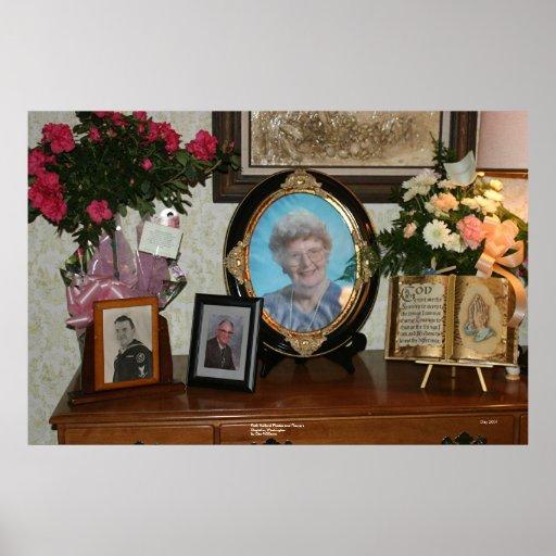 Ruth Holland -- Fotos e flores Poster
