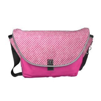 Saco cor-de-rosa do Peppermint Bolsas Mensageiro