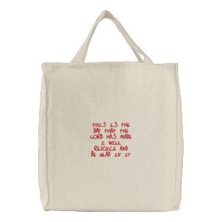 Sacola bordada: Eu exultarei… Bolsas