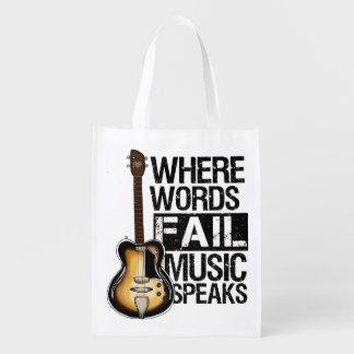 "Sacola Ecológica Sacola ""Where Words fail music speaks""."