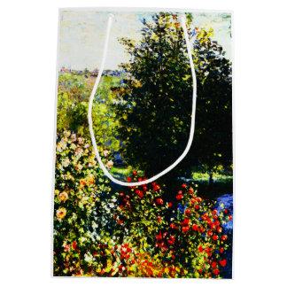 Sacola Para Presentes Média Monet-Rosas de Claude no jardim em Montgeron
