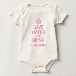 salvar o champanhe da bebida da água babadores