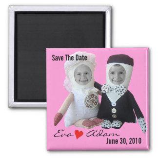 Salvar o ímã cor-de-rosa das bonecas da foto da ímã quadrado