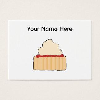 Scone do doce com cobertura de creme cartão de visitas