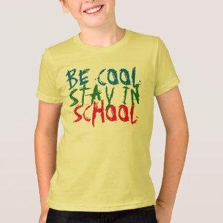seja estada legal no design inspirado do tshirt da