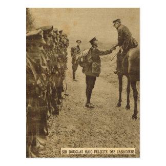 Senhor Douglas Haig que felicita tropas canadenses Cartão Postal