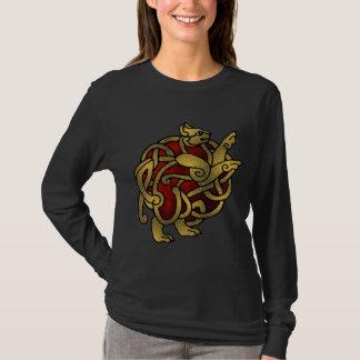 Senhora Viking, camisa do gato