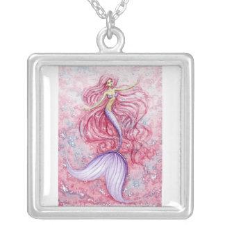 Sereia cor-de-rosa do porto colar banhado a prata