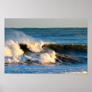 Sessão do surf da água fria pôster