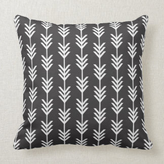 Setas pretas & brancas de Chevron Travesseiro