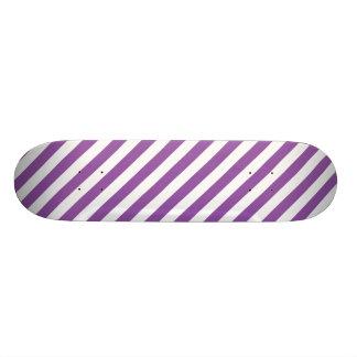 Shape De Skate 18,1cm Teste padrão roxo e branco da listra