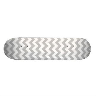 Shape De Skate 20cm Teste padrão cinzento e branco de Chevron do