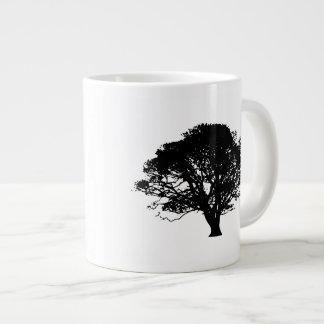 Silhueta da árvore de Apple Jumbo Mug