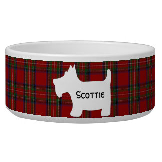 Silhueta de Terrier do Scottish no Tartan real de  Tigela