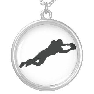 Silhueta do preto do jogador de futebol colares personalizados