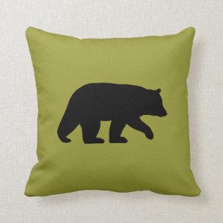 Silhueta do urso preto - cor customizável almofada