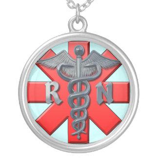 Símbolo da enfermeira diplomada colar banhado a prata
