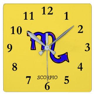 Símbolo da Escorpião Relógio Quadrado