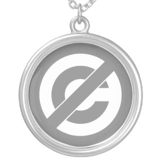 Símbolo de Anti-Copyright do dominio público Colar Banhado A Prata