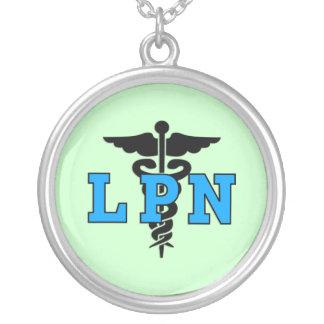 Símbolo médico de LPN Colar Banhado A Prata