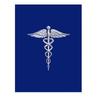 Símbolo médico do Caduceus de prata na decoração Cartão Postal