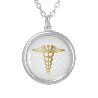 Símbolo médico do Caduceus do ouro Colar Banhado A Prata