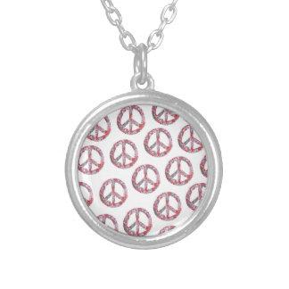Símbolos de paz florais distante demasiado bonito colar banhado a prata
