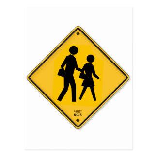 Sinal da escola da segurança da caminhada do sinal cartão postal