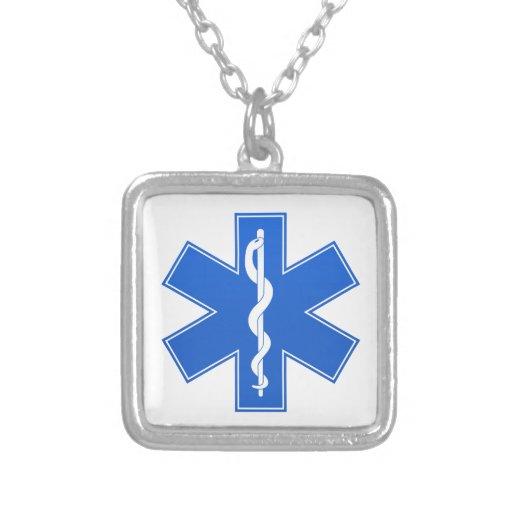 Sinal médico azul colar