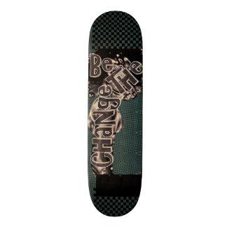 Skate do bordo de hard rock (mudança)