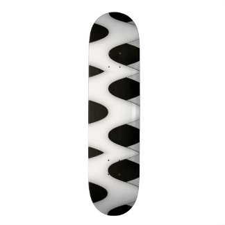 Skate Ondas preto e branco