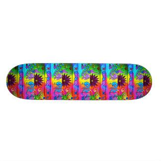 skate psicadélico das cores do hippie dos anos 70