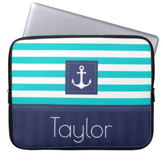 Sleeve Para Laptop Texto náutico listrado azul moderno do costume do