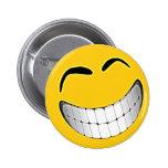 Smiley face grande amarelo sorrir forçadamente pins