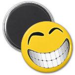 Smiley face grande amarelo sorrir forçadamente imã de geladeira