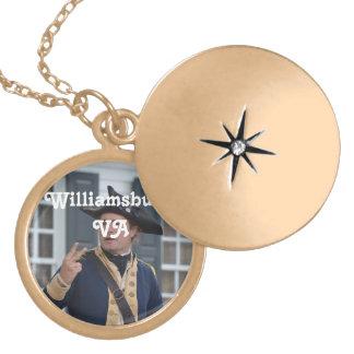 Soldado de Williamsburg Colar Personalizado