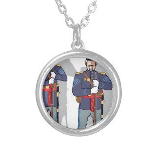 Soldado do vintage colar com pendente redondo