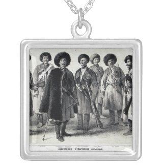 Soldados do russo colar com pendente quadrado