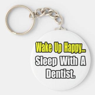 Sono com um dentista chaveiro