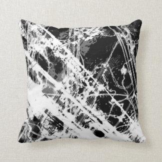 Splatter preto e branco travesseiros de decoração