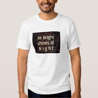 Sr. Brilhante Brilho na noite Camisetas