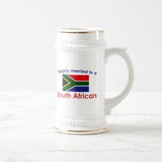 Sul feliz casado - africano caneca de cerveja