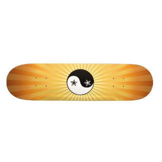 Sunburst Yin de Yin Yang SkateboardStar do Sunburs Shape De Skate 18,4cm