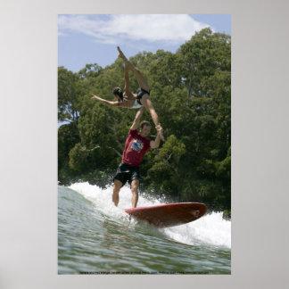 Surfar em tandem em Noosa 2009 Pôster