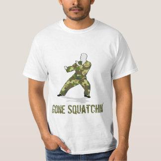 T ido do valor de Squatchin Bigfoot Camo T-shirts